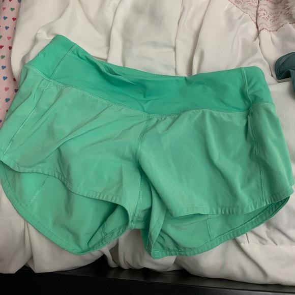 lime green lululemon speed up shorts 2.5